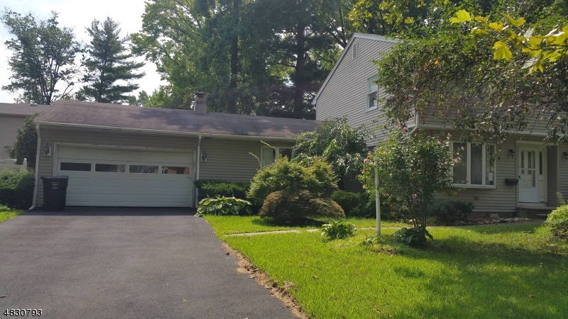 Single Family Home for Sale at 210 FREDRICK Street Paramus, New Jersey 07652 United States