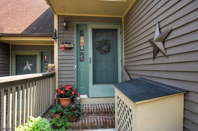 公寓 / 联排别墅 为 销售 在 35 SALEM ALY 西米尔福德, 新泽西州 07480 美国