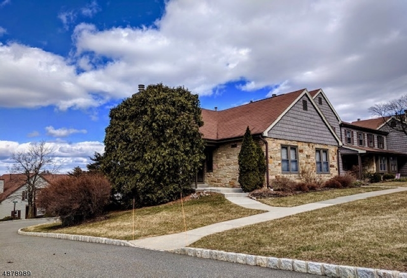 Condominium for Sale at 29 BARN OWL DR 29 BARN OWL DR Allamuchy, New Jersey 07840 United States
