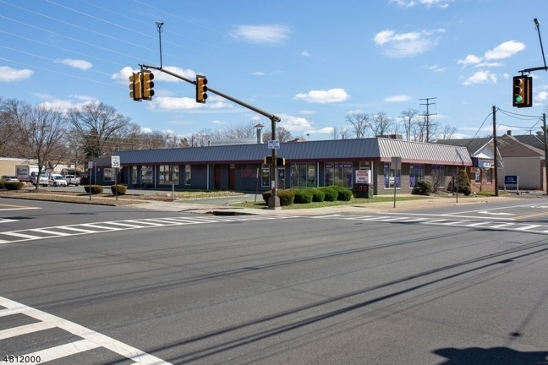 Commercial للـ Sale في Scotch Plains, New Jersey 07076 United States
