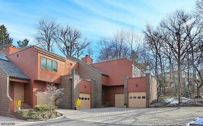 Condominio/ Casa de pueblo por un Alquiler en Englewood, Nueva Jersey 07631 Estados Unidos