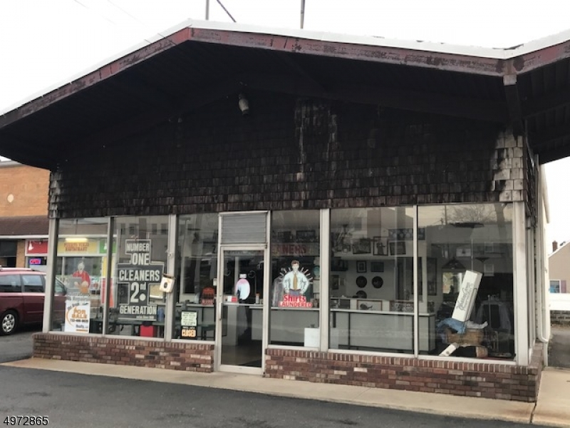 Comercial por un Venta en Bound Brook, Nueva Jersey 08805 Estados Unidos