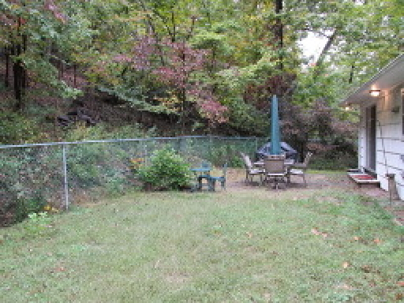 Additional photo for property listing at 133 Lakeside Road  Hewitt, Nueva Jersey 07421 Estados Unidos