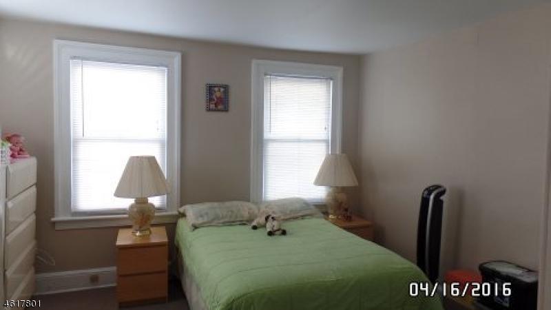 Additional photo for property listing at 252-254 FRANKLIN Street  Elizabeth, 新泽西州 07206 美国