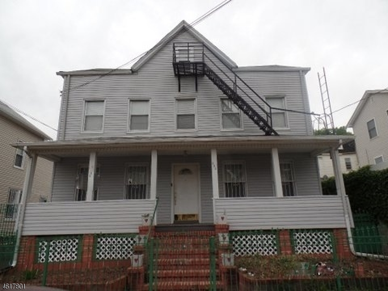 多户住宅 为 销售 在 252-254 FRANKLIN Street Elizabeth, 新泽西州 07206 美国