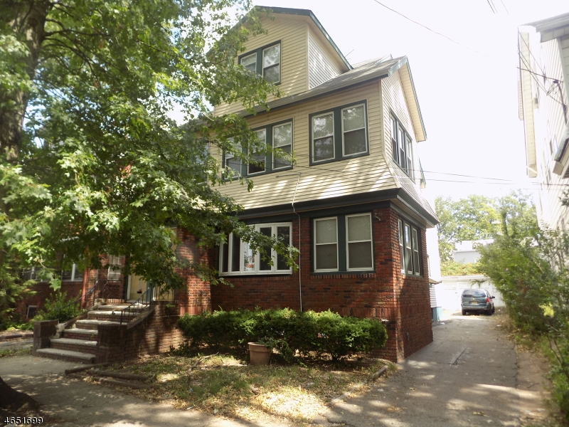 Additional photo for property listing at 162 162 Eastern Pkwy  Newark, Nueva Jersey 07106 Estados Unidos