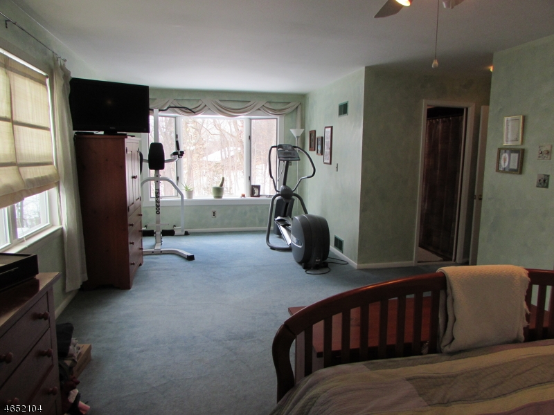 Additional photo for property listing at 33 Bear Mountain Road  Ringwood, New Jersey 07456 United States