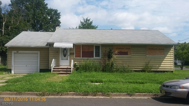 Additional photo for property listing at 200 Louis Street  Manville, Нью-Джерси 08835 Соединенные Штаты