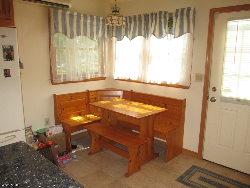 Additional photo for property listing at 37 Elizabeth Street  Wharton, New Jersey 07885 États-Unis