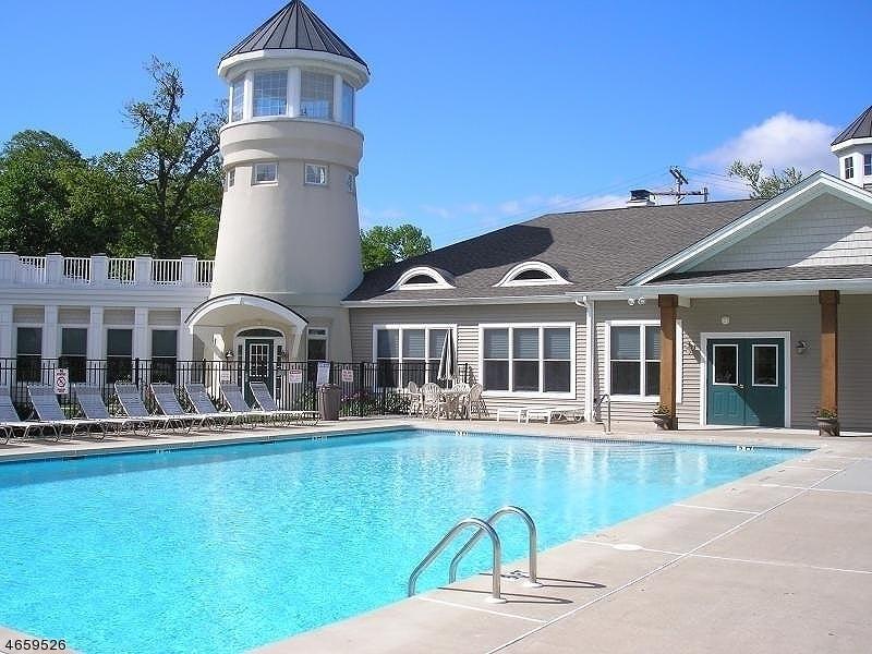Частный односемейный дом для того Аренда на 15 Lakeshore Drive Mount Arlington, 07856 Соединенные Штаты
