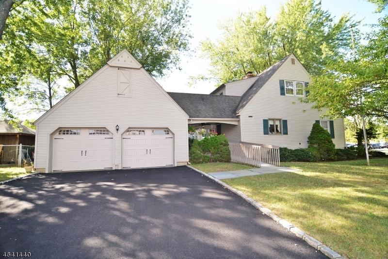 Maison unifamiliale pour l Vente à 8 Providence Street New Providence, New Jersey 07974 États-Unis