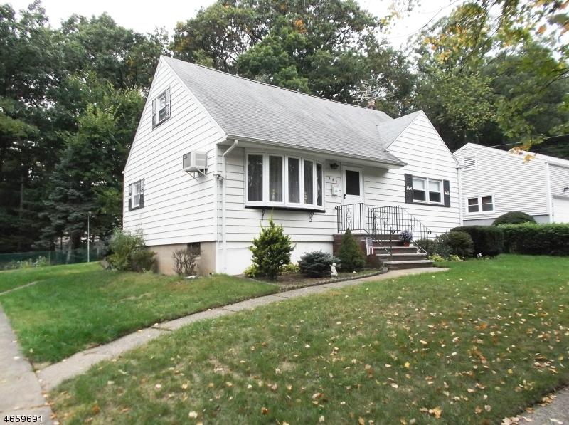 独户住宅 为 销售 在 386 RIDGEWOOD BLVD N Township Of Washington, 07676 美国