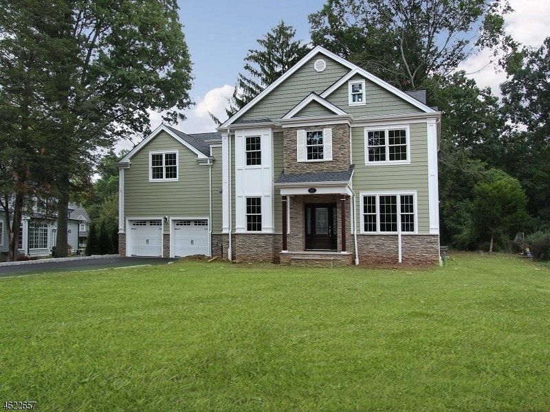 Single Family Home for Sale at 11 Riverside Drive Florham Park, 07932 United States