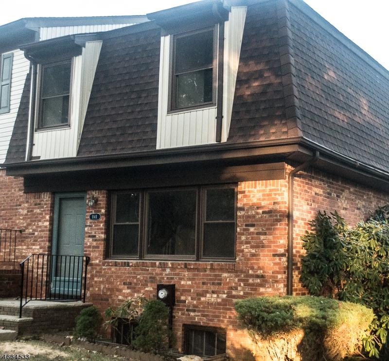 Maison unifamiliale pour l Vente à 141 Stedwick Drive Budd Lake, New Jersey 07828 États-Unis