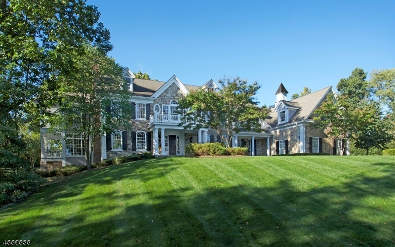Single Family Home for Sale at 3 Royal Oak Drive Basking Ridge, New Jersey 07920 United States