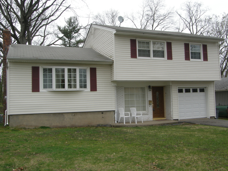 Single Family Home for Rent at 93 Rutgers Place Clifton, 07013 United States