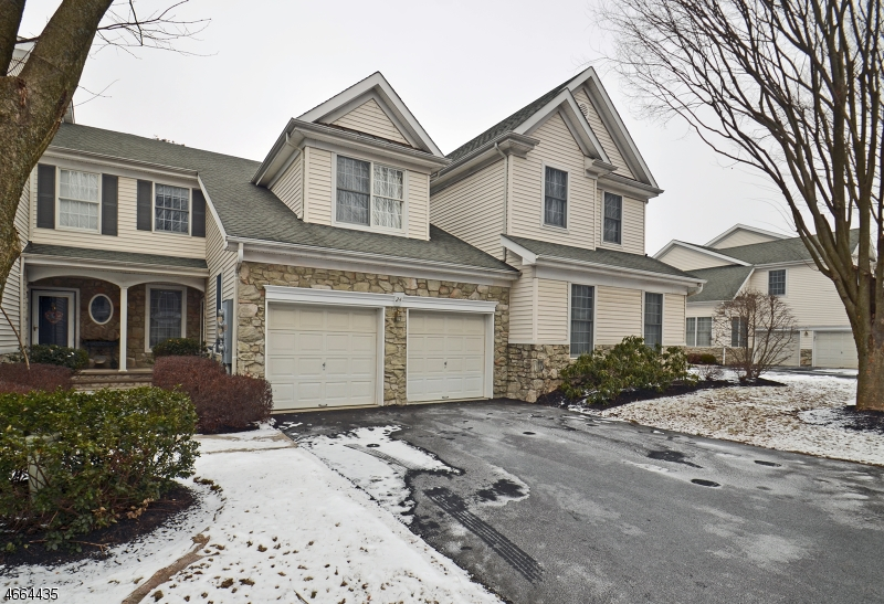 Additional photo for property listing at 24 Westgate Drive  Annandale, Nueva Jersey 08801 Estados Unidos