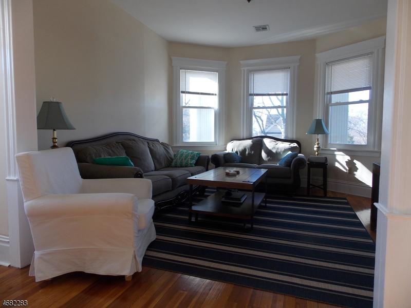 独户住宅 为 出租 在 10 VERMONT Street Maplewood, 新泽西州 07040 美国