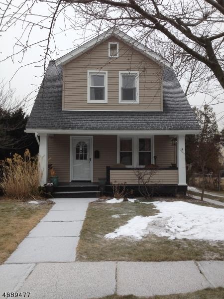 Частный односемейный дом для того Аренда на 14 Walnut Street Belleville, Нью-Джерси 07109 Соединенные Штаты