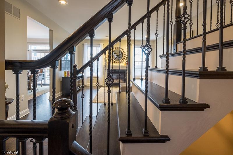 Casa Unifamiliar por un Alquiler en 30 Henning Ter Denville, Nueva Jersey 07834 Estados Unidos
