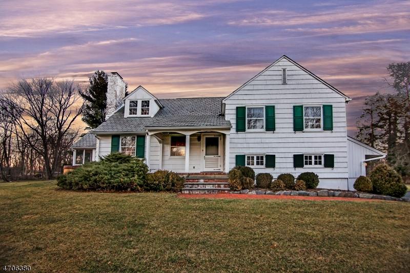 Single Family Home for Sale at 182 NORTHFIELD Road Millington, New Jersey 07946 United States
