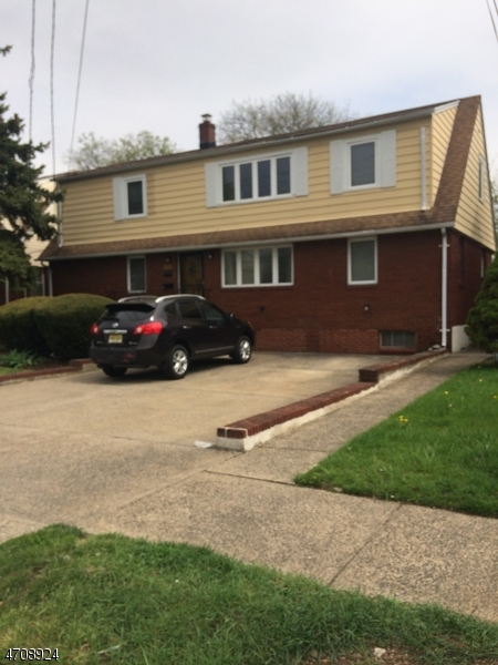 Maison unifamiliale pour l à louer à 254-258 CHAMBERLAIN Avenue Paterson, New Jersey 07502 États-Unis