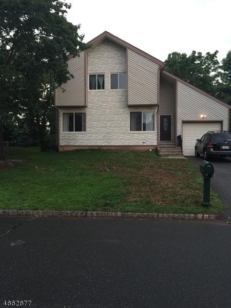 Maison unifamiliale pour l à louer à 14 Drake Road Hillsborough, New Jersey 08844 États-Unis