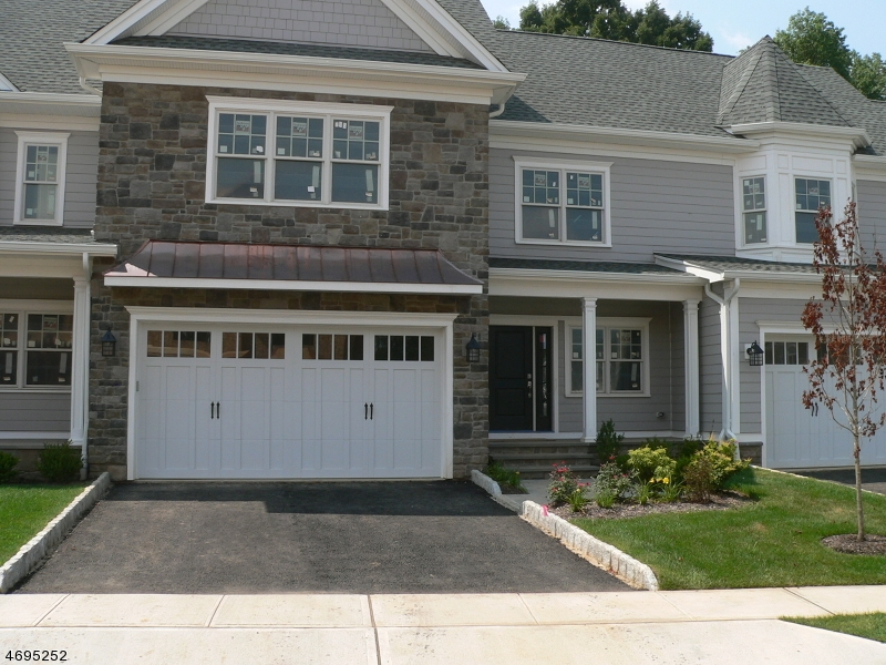 Single Family Home for Sale at 24 Park View Drive 24 Park View Drive Warren, New Jersey 07059 United States