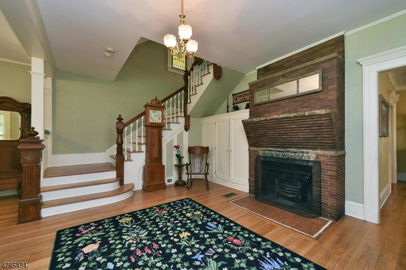 Additional photo for property listing at 169 West End Avenue  Ridgewood, New Jersey 07450 United States