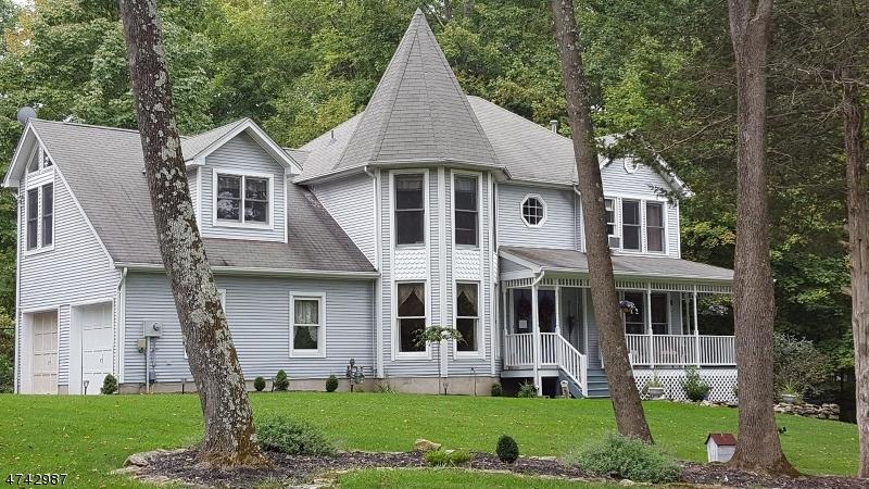 Einfamilienhaus für Verkauf beim 11 Victoria Pines Lane Andover Township, New Jersey 07848 Vereinigte Staaten