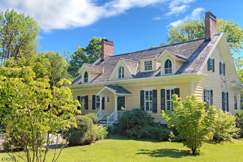 Частный односемейный дом для того Аренда на 140 Union Street Montclair, Нью-Джерси 07042 Соединенные Штаты
