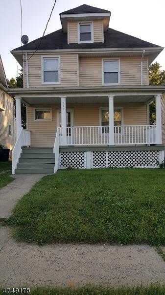 Частный односемейный дом для того Продажа на 220 Leland Avenue 220 Leland Avenue Plainfield, Нью-Джерси 07062 Соединенные Штаты