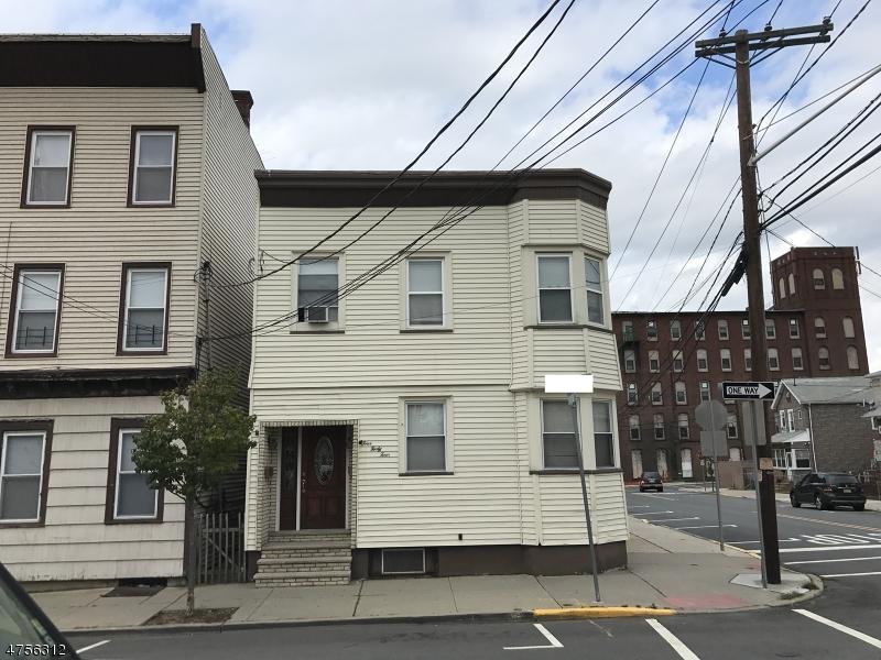 多户住宅 为 销售 在 450 John Street East Newark, 新泽西州 07029 美国