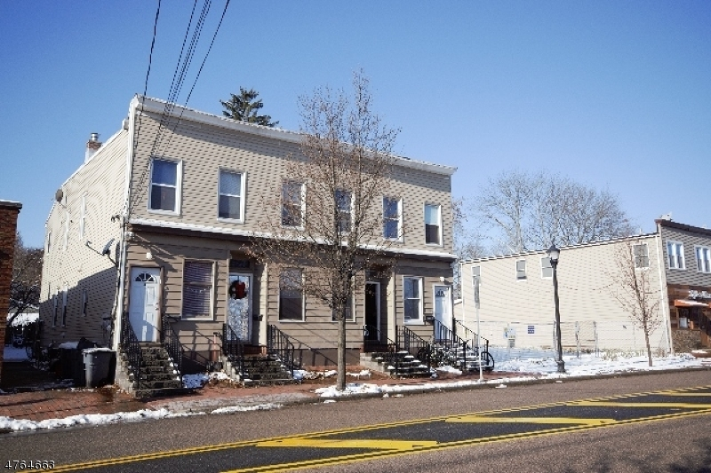 Single Family Home for Rent at 1101 Ringwood Avenue Wanaque, New Jersey 07420 United States