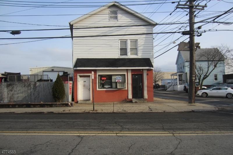 Commercieel voor Verkoop een t 126 Green Street 126 Green Street Hackensack, New Jersey 07601 Verenigde Staten