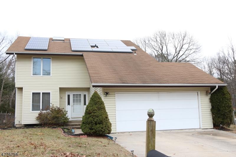 Maison unifamiliale pour l Vente à 10 High Trail Pine Hill, New Jersey 08021 États-Unis