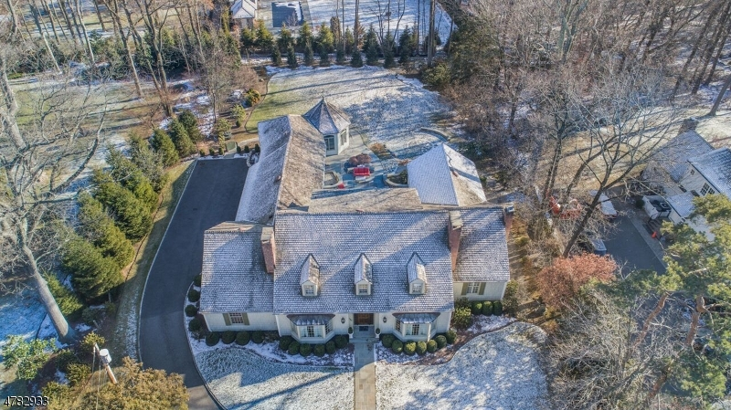 Single Family Home for Rent at 150 Old Chester Road Essex Fells, New Jersey 07021 United States