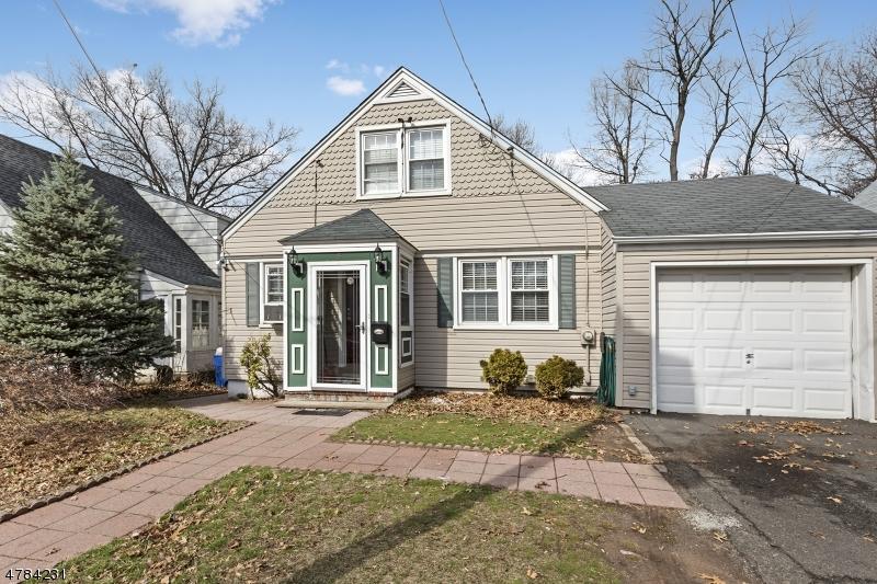 Einfamilienhaus für Verkauf beim 5 Nolton Street 5 Nolton Street Belleville, New Jersey 07109 Vereinigte Staaten