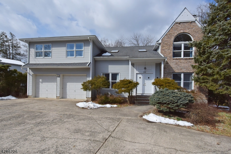 Single Family Home for Sale at 532 W Saddle River Road Ridgewood, New Jersey 07450 United States