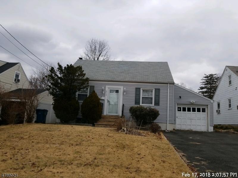 Частный односемейный дом для того Продажа на 472 Simons Avenue Hackensack, Нью-Джерси 07601 Соединенные Штаты