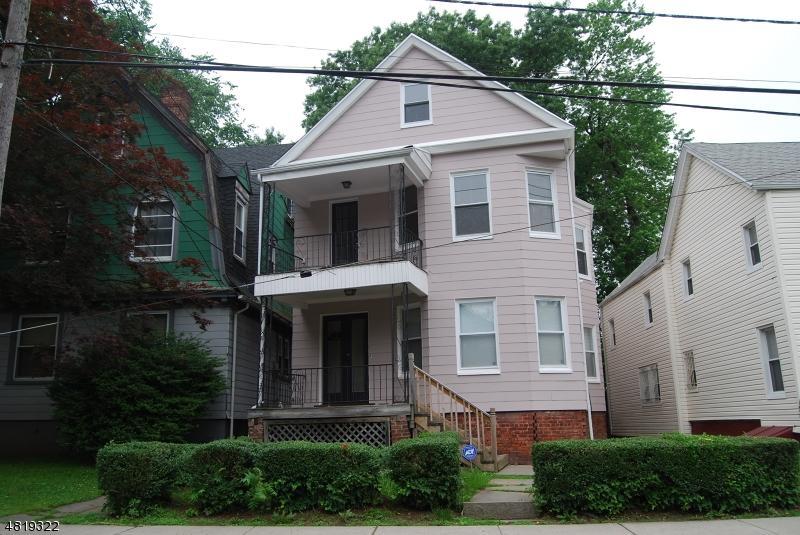Tek Ailelik Ev için Kiralama at 27 HILLYER Street Orange, New Jersey 07050 Amerika Birleşik Devletleri