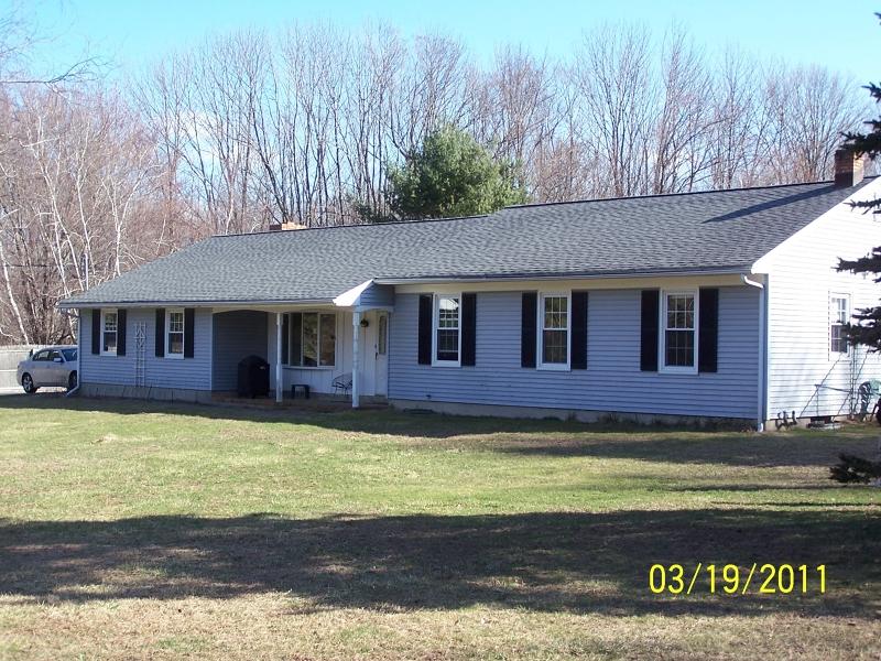 Casa Unifamiliar por un Alquiler en 135 FAIRMOUNT Road EAST Tewksbury Township, Nueva Jersey 07830 Estados Unidos