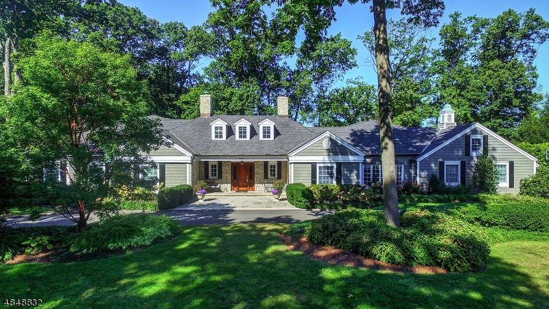 Single Family Home for Sale at 101 GOLF EDGE 101 GOLF EDGE Westfield, New Jersey 07090 United States