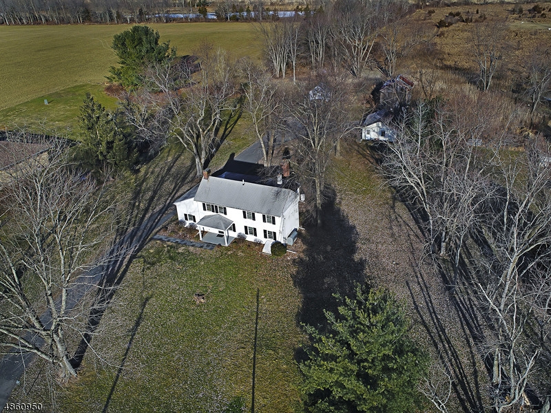 Частный односемейный дом для того Продажа на 510 BRUNSWICK PIKE West Amwell, Нью-Джерси 08530 Соединенные Штаты