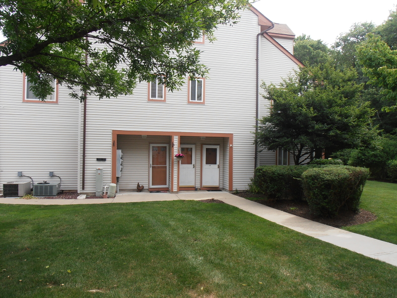 Condominium for Sale at 137 WOODS EDGE DR 137 WOODS EDGE DR Roxbury Township, New Jersey 07876 United States