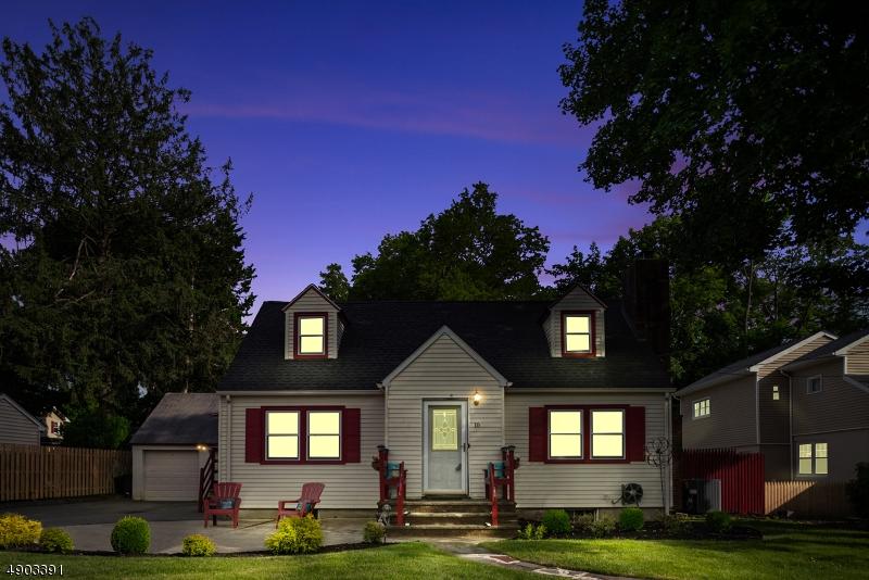 single family homes для того Продажа на Pompton Lakes, Нью-Джерси 07442 Соединенные Штаты