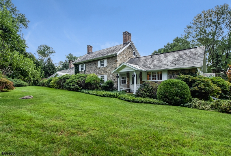 Single Family Homes للـ Sale في Lebanon, New Jersey 08833 United States