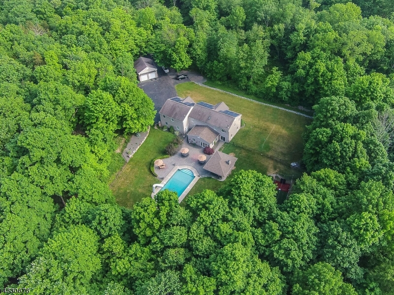 Additional photo for property listing at  West Milford, New Jersey 07421 United States