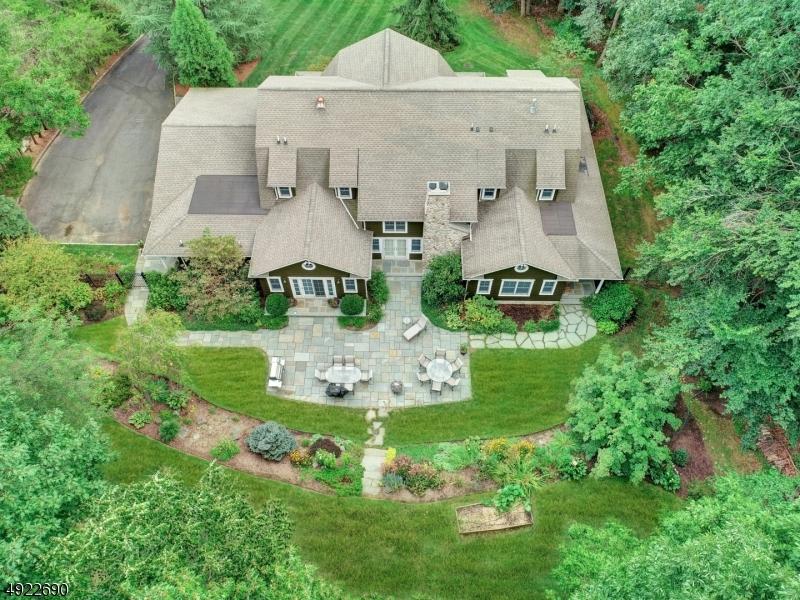 Single Family Homes 为 销售 在 沃昌, 新泽西州 07069 美国