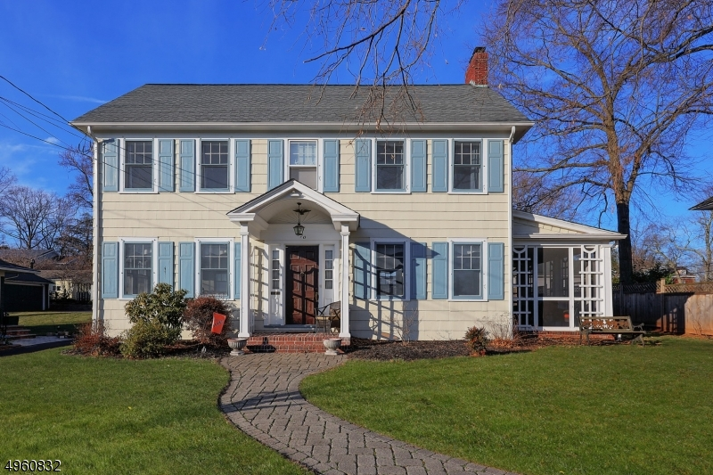 Single Family Homes للـ Sale في Somerville, New Jersey 08876 United States